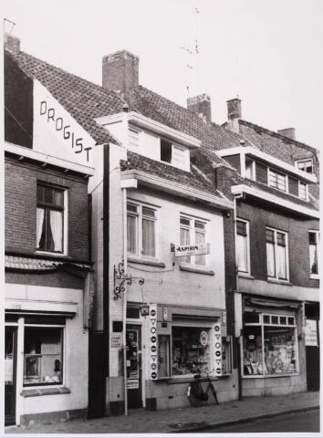028775 - Piusstraat. Drogisterij Firma Stappershoef.