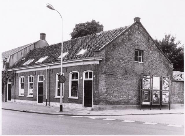 033913 - Panden aan de Veldhovenring 101 en 103/ hoek deken Sandersstraat