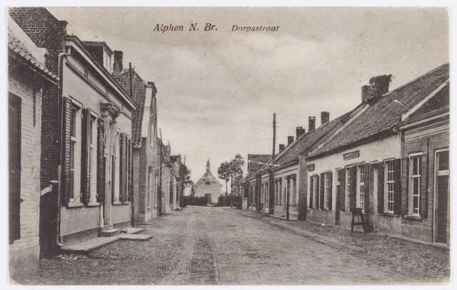 055176 - Dorpsstraat, nu Raadhuisstraat