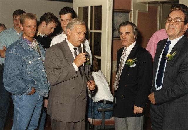 800142 - Sport. Voetbal. Voetbalvereniging R.K.S.V. Taxandria in Oisterwijk. Feestelijke bijeenkomst op 16 juni 1990.