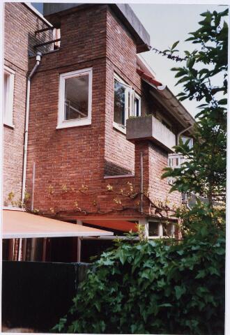 028374 - Achtergevels van panden aan de Philips Vingboonsstraat; panden zijn ontworpen door architect Dudok