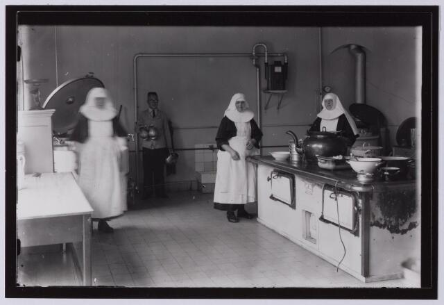 041665 - elisabethziekenhuis.  Gezondheidszorg. Ziekenhuizen. Keuken van het St. Elisabethziekenhuis.