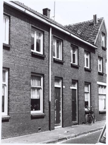 017183 - Panden Capucijnenstraat 203 (rechts) en 205 (links)