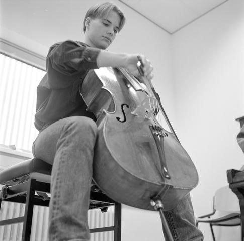 D-000013-1 - Brabants conservatorium : cellist