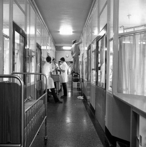 655757 - Elizabeth Ziekenhuis locatie Jan van Beverwijckstraat Tilburg in 1981.