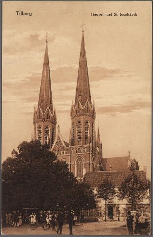 010567 - Kerk St. Jozef, pastorie en lindeboom, Heuvel.