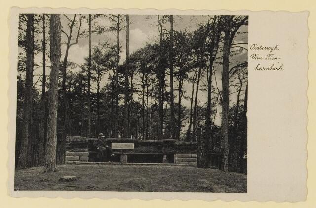 075528 - Onthulling van Tienhovenbank op 14 november 1935.