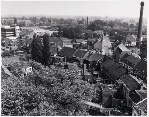 036398 - Panorama van Tilburg vanaf de toren van de Heuvelse kerk;