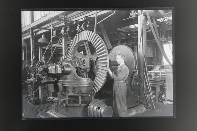 654605 - Industrie. Metaalfabriek.