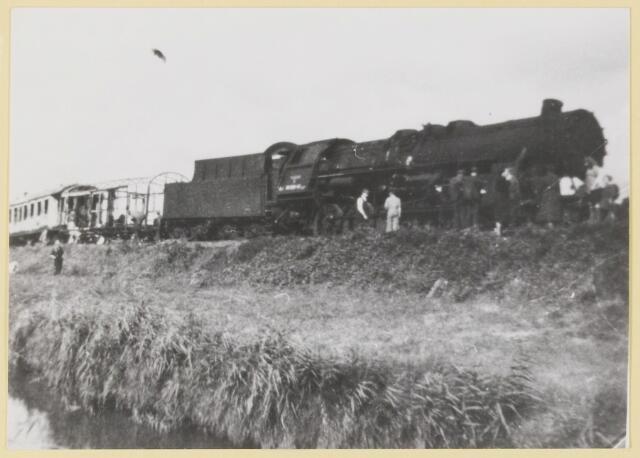 077419 - Tweede wereldoorlog 1940-1945. Sabotage aan de trein. Herkomst: 863, collectie gemeente Oisterwijk