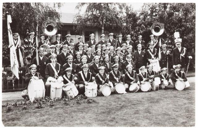 052624 - Muziekleven. R.K. Harmonie 'Vogelenzang' .
