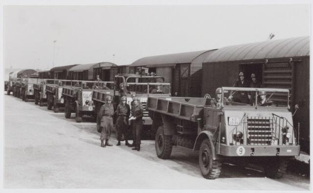 053621 - Verplegings autobataljon aan- en afvoertroepen.Stationsemplacement cie aan- en afvoertroepen