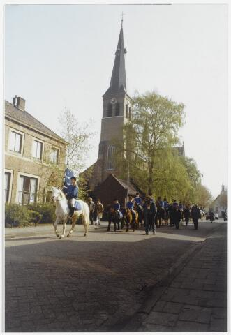 91559 - Album 6. Terheijden. Open dag Waterrecreatie. De stoet met burgemeester Hans L.  van Brummen (Pv.d.A - 1989-1997)  op weg naar de Jachthaven