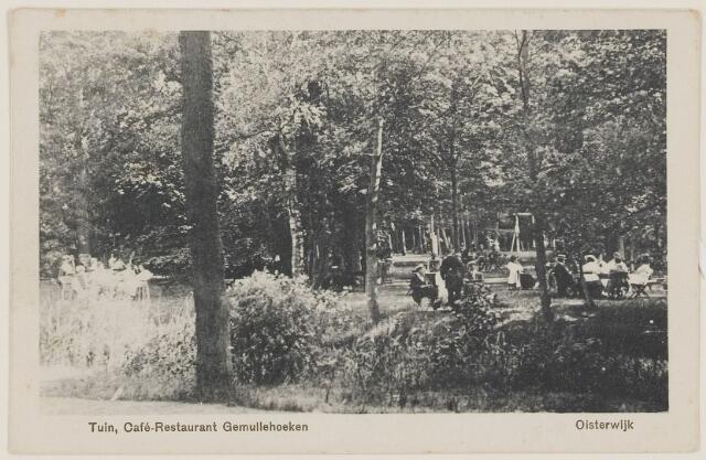 """073707 - Tuin van Café-Restaurant """"Gemullehoeken"""" gelegen aan de Gemullehoekenweg."""