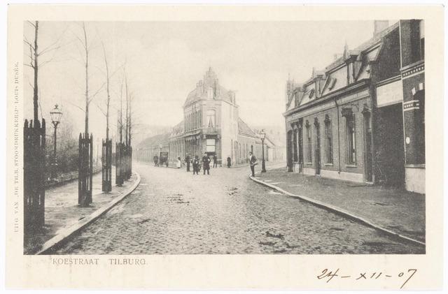 040002 - Koestraat ter plaatse van het huidige NS-plein.