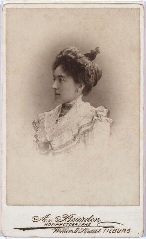 011417 - Caroline Maria Wilhelmina BOGAERS, geboren Tilburg 25 december 1872, aldaar overleden op 11 september 1912.