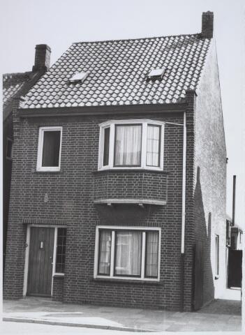 026197 - Pand Lijnsheiuke 70 halverwege april 1963