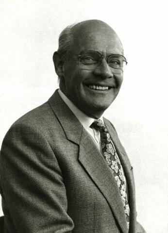 082938 - J. Ramaekers, directie-lid hoofd Sociale Zaken D.S.W.