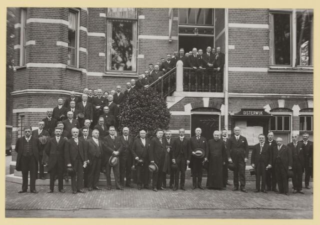 075487 - Oficiele opening Waterleiding te Oisterwijk op 15 october 1929.