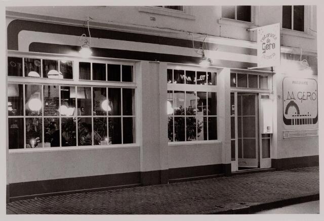 040571 - café Da Gero, Heuvel 48.