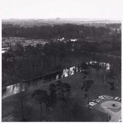 036432 - Panorama van Tilburg vanaf de Hogeschool.