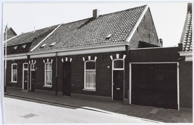 014699 - Panden Berkdijksestraat 8 (links) en 10 (rechts)