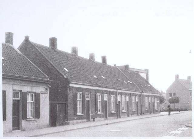 014668 - Panden Berkdijksestraat 24 tot en met 38 (van links naar rechts)
