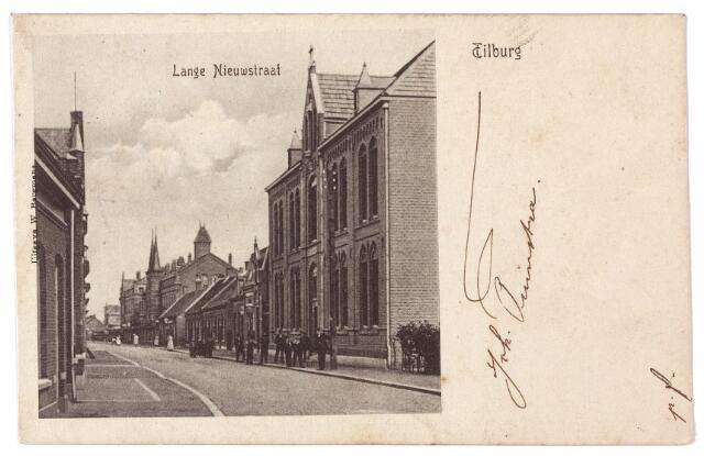 001605 - Lange Nieuwstraat in oostelijke richting. Rechts het r.k. gymnasium.