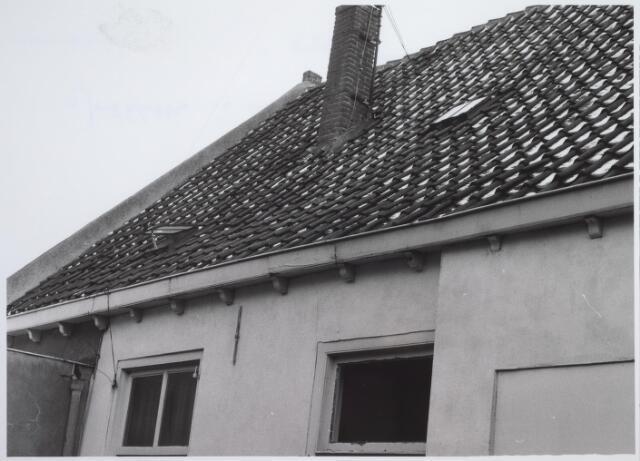 026551 - Gootklossen in de achtergevel in het pand Molenstraat 1 - 3