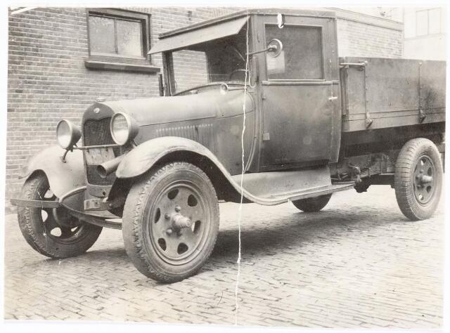 039241 - Volt. Zuid. Hulpafdelingen, Vrachtwagens. Vervoer, Expeditie, Logistiek.  Volt-vrachtwagen Ford N8592 in 1936. In die tijd heette de Voltstraat Nieuwe Goirleseweg.