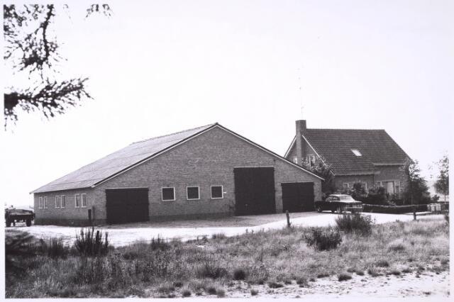 024784 - Boerderij aan de Kraaivenstraat in 1971