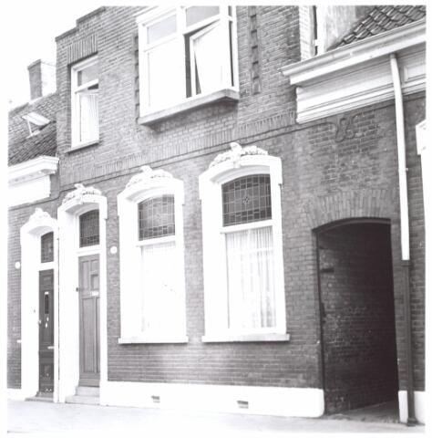 014968 - Pand Lange Nieuwstraat 26 anno 1959. Begin jaren ´60 werd het pand gesloopt voor de aanleg van een city-ring rond de binnenstad.