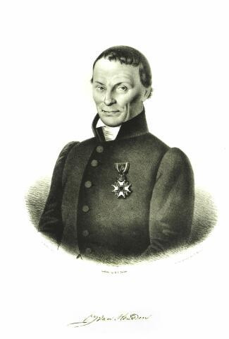 """054675 - Litho van P. Barbiers. Jacob van Heusden geboren te Hilvarenbeek op 30 januari 1757 aldaar overleden op 24 februari 1841, werd in 1783 adjunct-predikant te St. Oedenrode en in 1784 predikant. In mei 1792 werd hij beroepen in Hilvarenbeek, waar hij in 1839 zijn emeritaat verkreeg. Door zijn toedoen werd op 18 juli 1822 de """"Protestantsche Maatschappij ter bevordering van welstand door ondersteuning en voorlichting"""" opgericht, vanaf 1830 bekend als de """"Maatschappij ter bevordering van welstand"""" Een van de doelstellingen was het stichten van boerderijen in de zandstreken met een overwegend katholieke bevolking om zo het protestantisme in deze streken te handhaven. Van Heusden trouwde op 9 april 1790 met Wilhelmina C. de Bruyn en was ook bekend als schrijver van enkele theologische werken."""