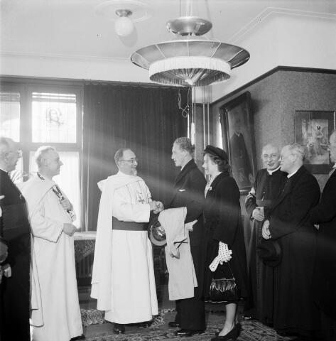 050319 - Bisschopswijding: mgr. A.C.A van Oorschot, mgr. Mutsaerts uit Den Bosch, mgr. J. Baeten uit Breda, mgr. J. Pessers.