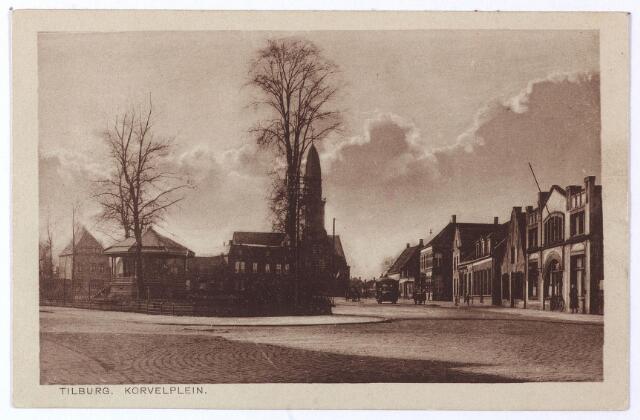 001513 - Korvel, later Korvelplein in zuidelijke richting. In de verte de toren van de Antoniuskerk, de nieuwe parochiekerk van Korvel. Geheel rechts café 'L' Echo des Montagnes' (Korvel nr. 44).  Vroeger stond hier de Korvelse school, maar in 1876 werd dit pand door Waltherus Cornelis van Boxtel, dan herbergier in 'Kerkzicht' gekocht en omgebouwd 'tot een flink koffiehuis genaamd Vreugdendal in de volksmond 'l Echo des Montagnes'. Dit was de harmonie van Korvel en daarom werd Van Boxtel later ook wel 'Therus van de hermenie' genoemd. De opening vond plaats met een concent van voornoemde  l' Echo des Montagnes. In de herberg was ook de liedertafel thuis, waarvan de Jacques Urlus lid was. Na van Boxtel woonde Johannes van Laarhoven in dit pand. Zijn beroep was voorslager, voerman en grondwerker. Zijn vrouw Johanna Barbara Stokkermans was herbergierster.  In 1918 werd het café, dan bekend als 'Tramstation Korvel' bestaande uit koffiehuis, tuin en concertzaal, door notaris Maas publiek verkocht. Nieuwe eigenaar was Johan Albert Hendrich uit Breda, geboren in Duitsland in 1883. Zijn beroep was restaurateur en hij was getrouwd met Dymphna P.A. Nuijten. In mei 1925 verhuisden zij naar de Korveldwarsstraat. Hun opvolger was Johannes Josephus Denissen geboren te Tilburg op 7.7.1878. In 1936 werd Joannes F.A. Verbunt de nieuwe kastelein. Hij was getrouwd met Helena M.C. van Riel en was eerder caféhouder in Pas Buiten aan de Bredaseweg. L' Echo des Montagnes bleef in het bezit van de familie Verbunt tot rond 1965. De volgende caféhouder was A.A.C. van den Brekel, daarna werd het café en concertzaal Antens.