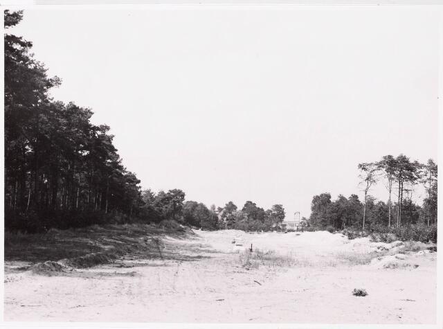 """033102 - Het uitbreidingsplan """"Wandelbos"""" in uitvoering door een begin te maken met de aanleg van de Taxandriebaan gelegen tussen de Prof Verbernelaan en de spoorlijn"""