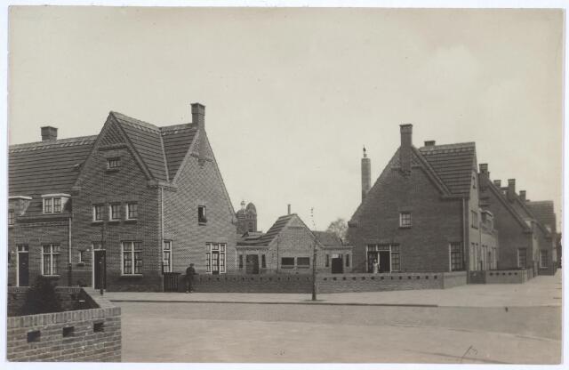 026761 - Hoek Nazarethstraat (voorgrond) en Jan van de Leestraat (rechts)