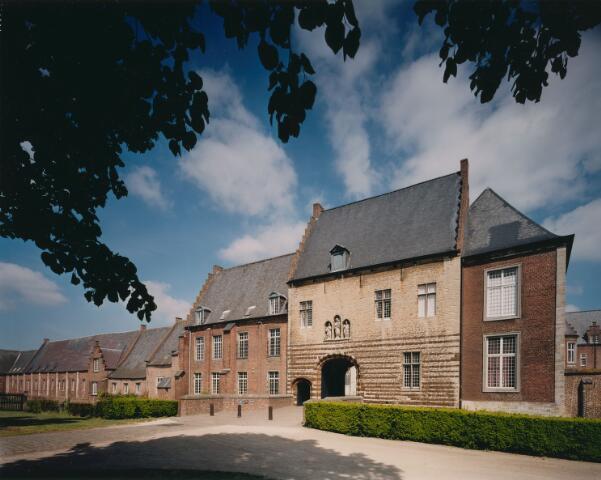 063923 - Poortgebouw van de norbertijnenabdij te Tongerlo (België)