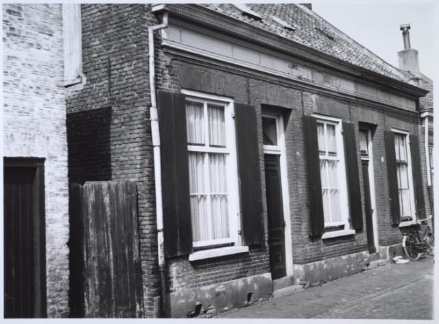 024213 - Arbeiderswoningen in de Oranjestraat, gelegen in de Koningswei