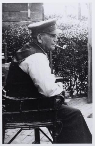 012071 - Johannes Hermans geboren te Hilvarenbeek op 9 juni 1865, woonachtig te Tilburg. Hij trouwde Johanna Maria Cornelia van Oudheusden. Foto omstreeks 1925.