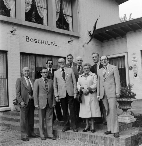 1237_012_988_006 - Viering van een jubileum van textiel firma Van Besouw b.v. bij restaurant Boschlust in Goirle in mei 1978.