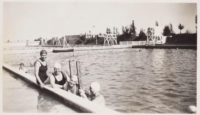 029950 - Zwembad aan de Ringbaan-Oost