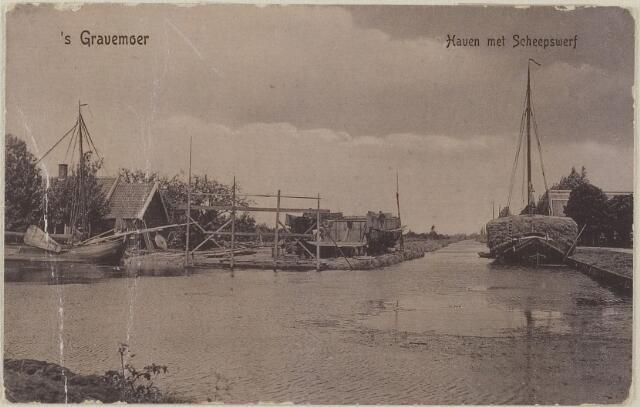 058514 - Haven met scheepswerf