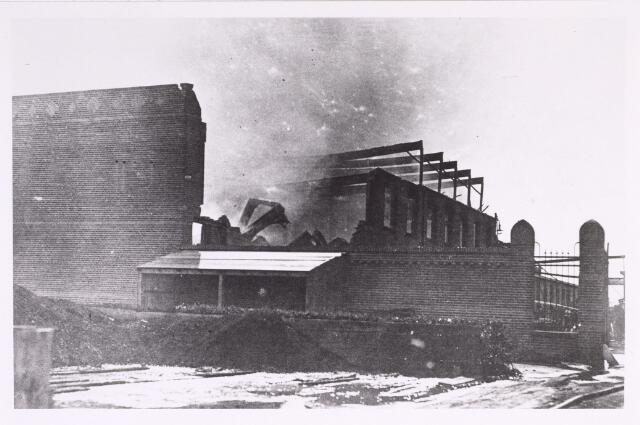 016859 - Op 16 mei 1920, ´s middags om half drie, brak er brand uit bij looierij Pessers - Verbunt aan de Van Bylandtstraat