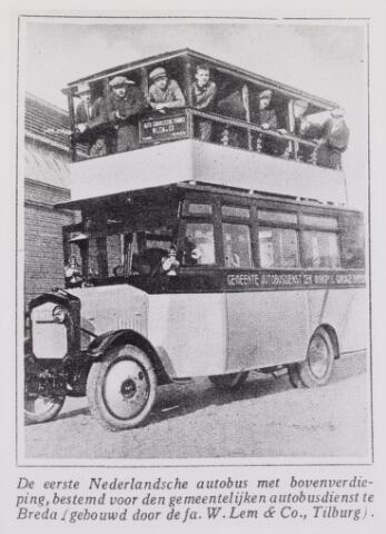 041492 - Openbaar vervoer. transportbedrijven, busondernemingen, taxi-vervoer. De eerste Nederlandse autobus met bovenverdieping (tweedekker) gebouwd door carrosseriebouwer de firma W. Lem & co.. te Tilburg.