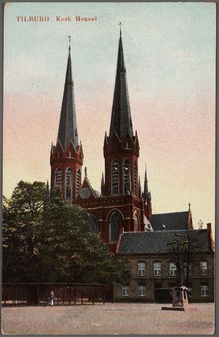 010569 - Heuvel met lindeboom, kerk St. Jozef en pastorie. Rechts de lantaarn, onthuld in 1902 als monument voor burgemeester Jansen.