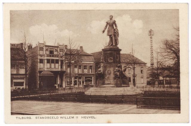 000988 - Westzijde van de Heuvel met standbeeld koning Willem II.