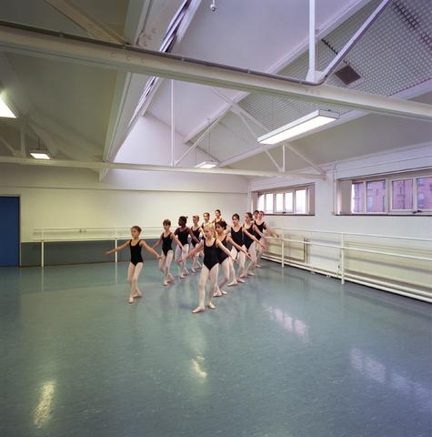D-00534 - Gemeente Tilburg - Podia - Dansschool