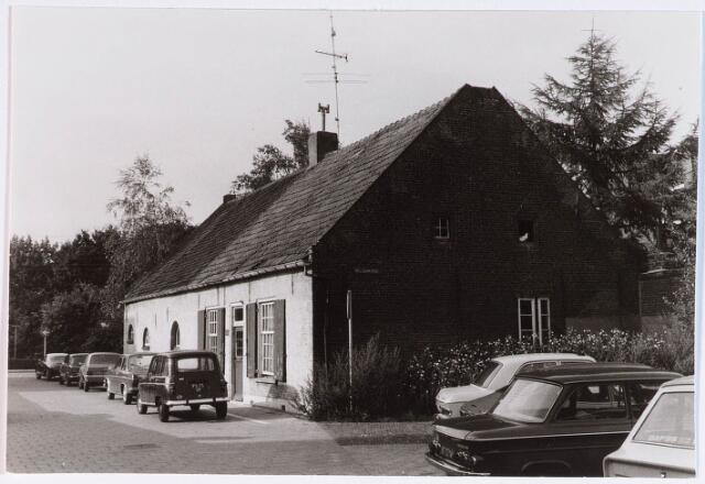 028324 - Boerderij aan de Enthovenseweg hoek Pelgrimspad.