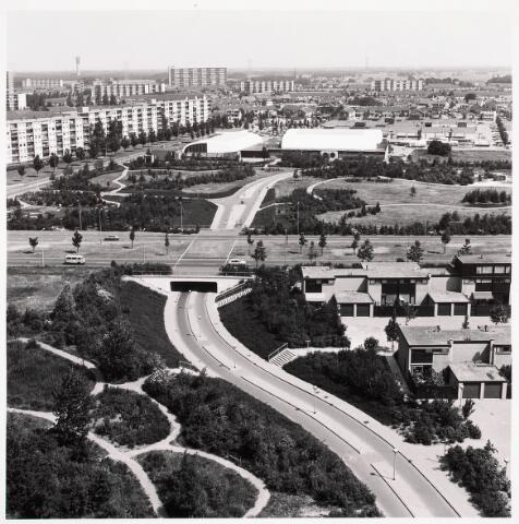 036409 - Panorama van Tilburg vanaf de flat aan de Hoffmannlaan.